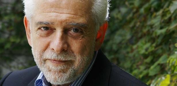 O psiquiatra Flavio Gikovate debate casos de infidelidade ao vivo em palestra nesta terça, às 11h30 - Divulgação