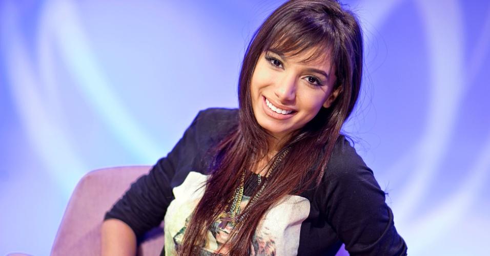 Anitta participa do Bate-papo UOL com Convidados